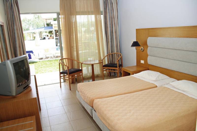 Lydia Maris Hotel in Rhodos - Bild von FTI Touristik