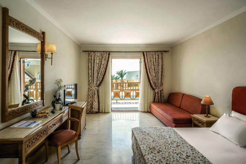 Hotelzimmer im Mitsis Family Village Beach Hotel günstig bei weg.de