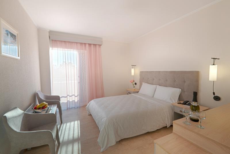 Hotelzimmer im Livadi Nafsika Hotel günstig bei weg.de
