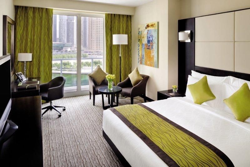 Mövenpick Hotel Jumeirah Lakes Towers 27 Bewertungen - Bild von FTI Touristik