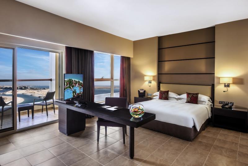 Hotelzimmer mit Golf im Khalidiya Palace Rayhaan by Rotana