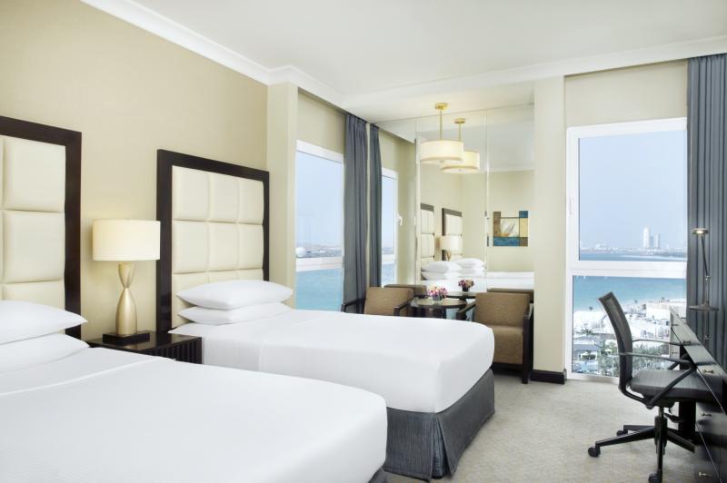 Radisson Blu Hotel & Resort, Abu Dhabi Corniche in Abu Dhabi - Bild von FTI Touristik