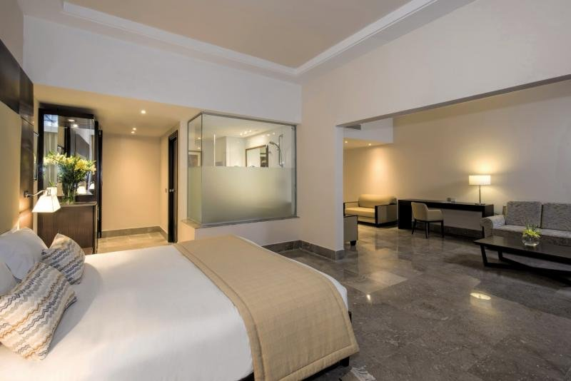 Hotelzimmer mit Volleyball im Iberostar Selection Diar El Andalous