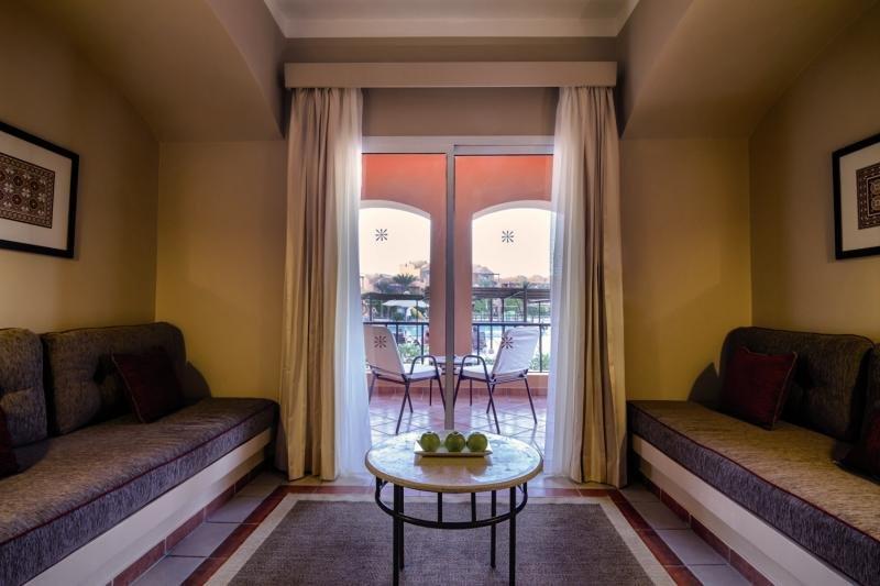 Hotelzimmer im Jaz Makadi Oasis Resort & Club günstig bei weg.de