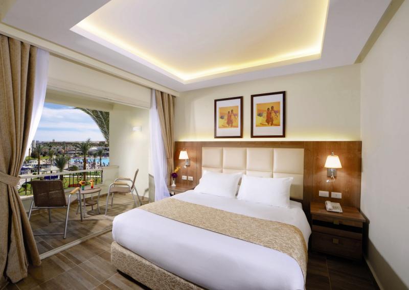 Hotelzimmer mit Minigolf im Dana Beach Resort