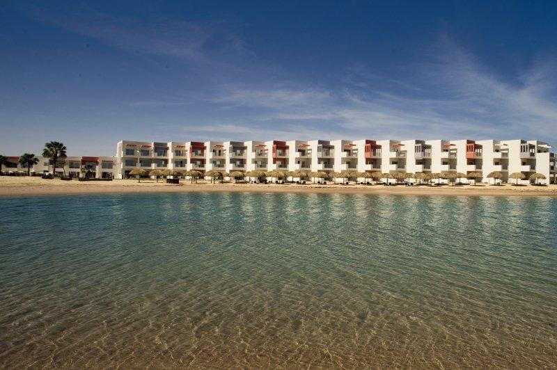 Hotel SUNRISE Grand Select Crystal Bay Resort günstig bei weg.de buchen - Bild von FTI Touristik