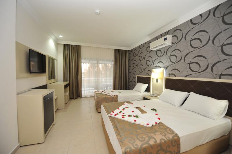 Hotelzimmer im Asrin Beach günstig bei weg.de