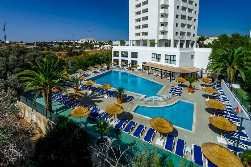 Hotel Janelas do Mar Apartments in Algarve - Bild von LMX International