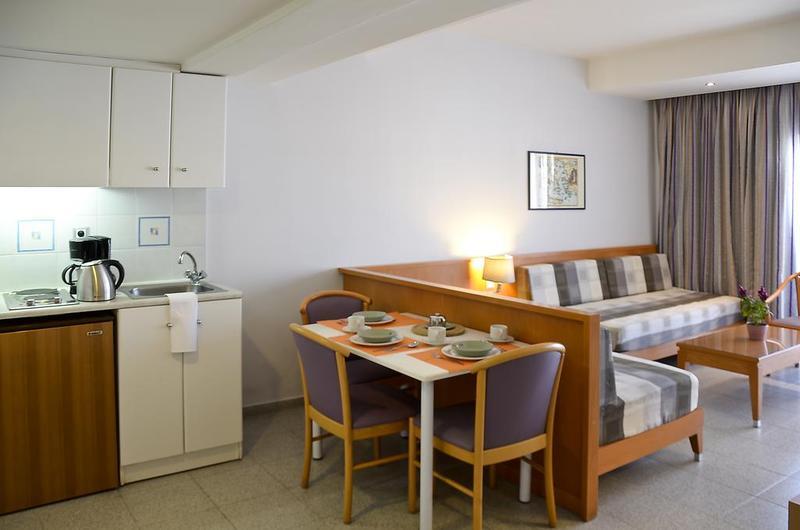Hotelzimmer mit Golf im Hotel Athena