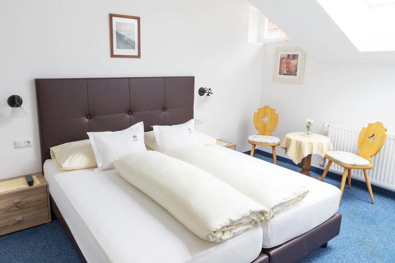 Hotelzimmer mit Animationsprogramm im Tirolerhof