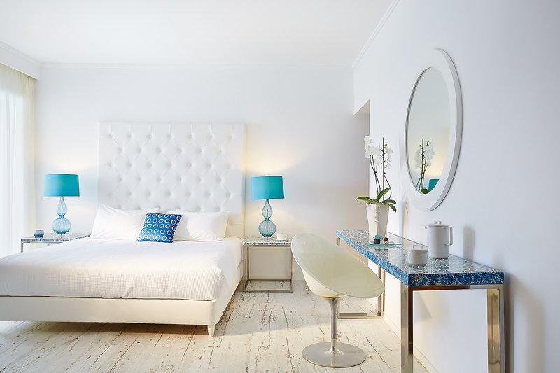 Hotelzimmer mit Minigolf im Lux Me Grecotel White Palace