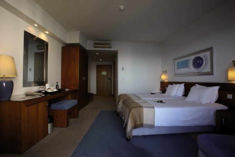 Hotelzimmer im Madeira Regency Cliff günstig bei weg.de