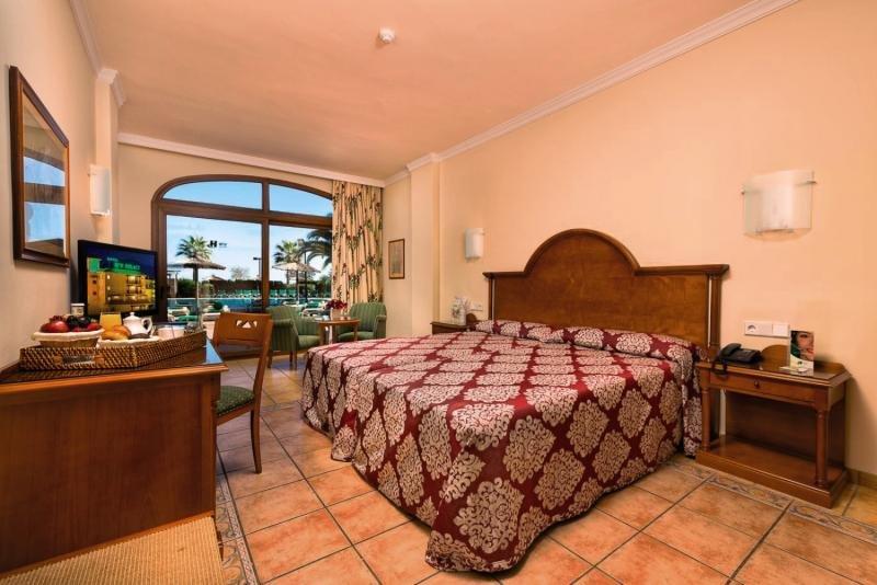 Hotelzimmer im Hotel IPV Palace & Spa günstig bei weg.de
