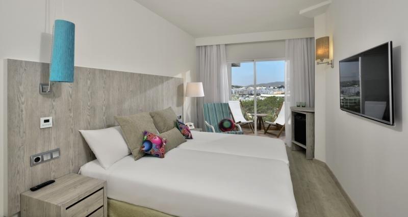 Hotelzimmer mit Golf im Sol Beach House Ibiza