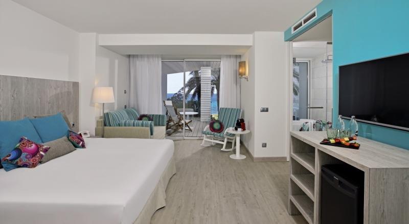 Hotelzimmer im Sol Beach House Ibiza günstig bei weg.de