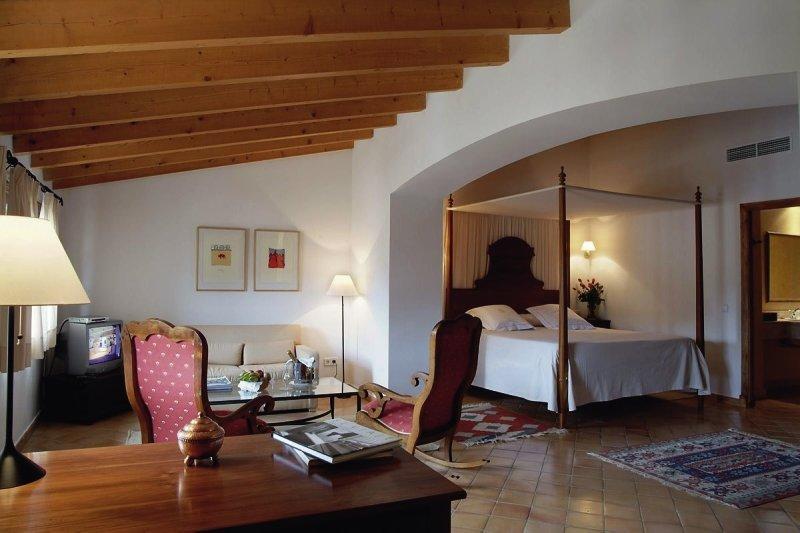 Hotelzimmer mit Yoga im Finca Hotel Son Palou