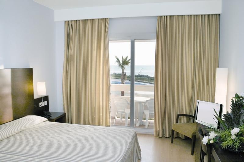 Hotelzimmer im Hotel Garbí Costa Luz günstig bei weg.de
