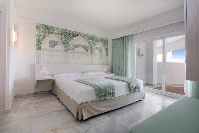 Hotelzimmer mit Golf im Iberostar Marbella Coral Beach