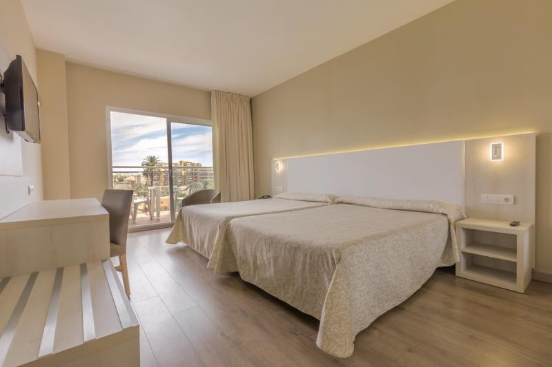 Hotelzimmer mit Aerobic im Best Siroco