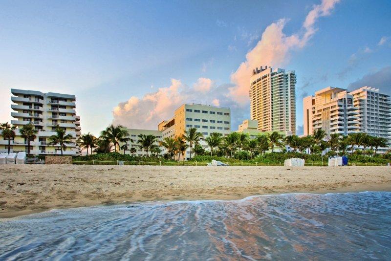 Hotel Holiday Inn Miami Beach Oceanfront günstig bei weg.de buchen - Bild von FTI Touristik