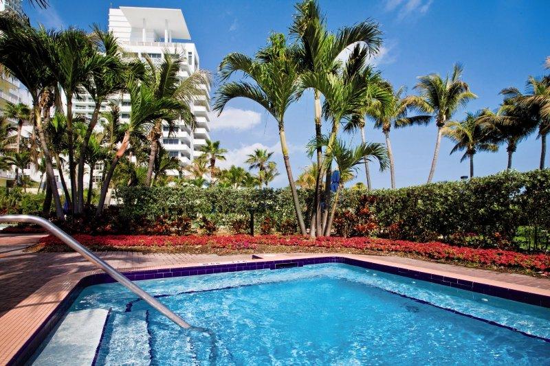 Hotel Holiday Inn Miami Beach Oceanfront 14 Bewertungen - Bild von FTI Touristik