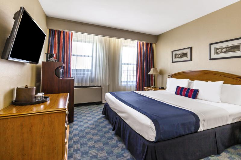 Hotel Ramada by Wyndham Jersey City 15 Bewertungen - Bild von FTI Touristik
