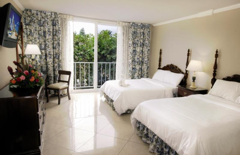 Hotelzimmer im Breezes Resort & Spa Bahamas günstig bei weg.de