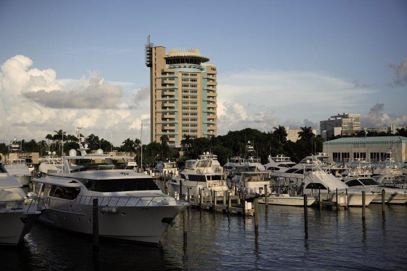 Pier Sixty-Six Hotel & Marina günstig bei weg.de buchen - Bild von FTI Touristik