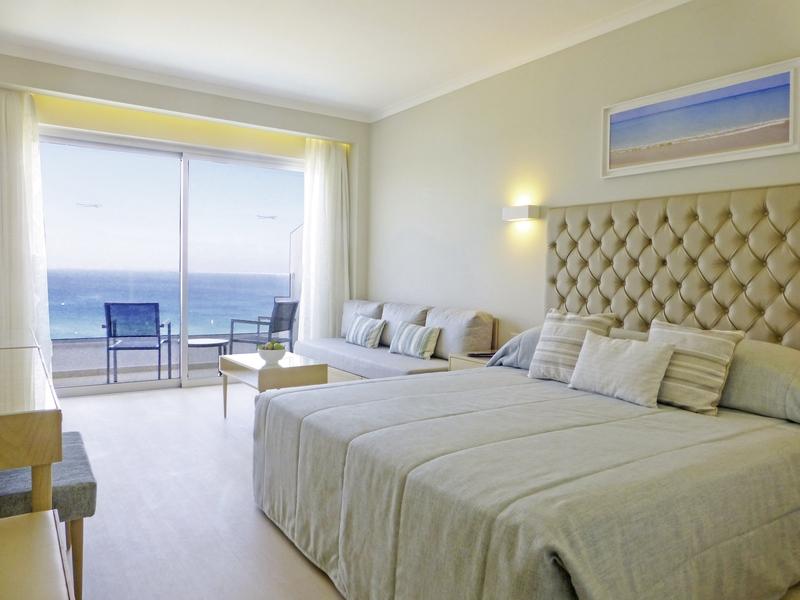 Hotelzimmer mit Volleyball im Sunrise Beach Hotel