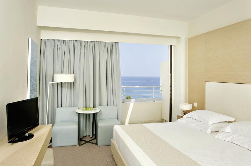 Hotelzimmer mit Fitness im Capo Bay Hotel