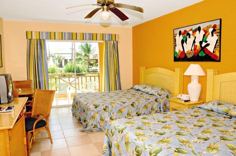 Hotelzimmer mit Volleyball im Tropical Princess Beach Resort & Spa