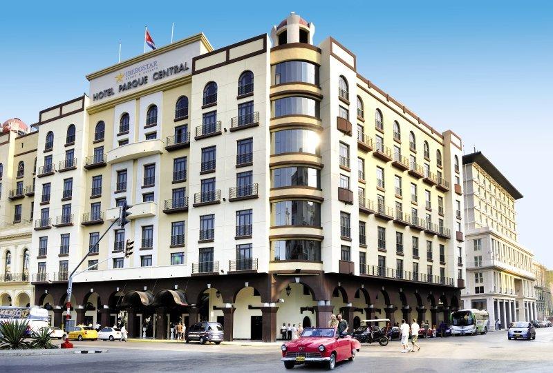 Hotel Iberostar Parque Central günstig bei weg.de buchen - Bild von FTI Touristik