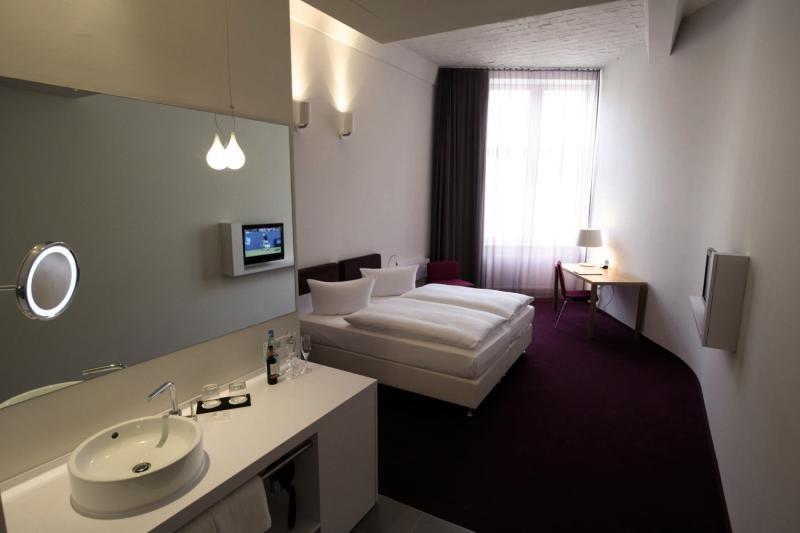 Hotelzimmer im Wyndham Garden Berlin Mitte günstig bei weg.de