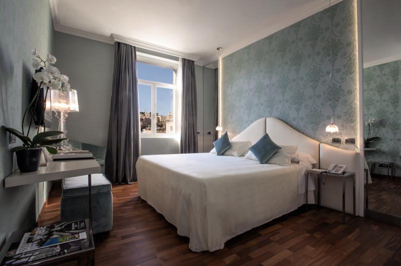 Hotel Sina Bernini Bristol in Latium - Bild von FTI Touristik