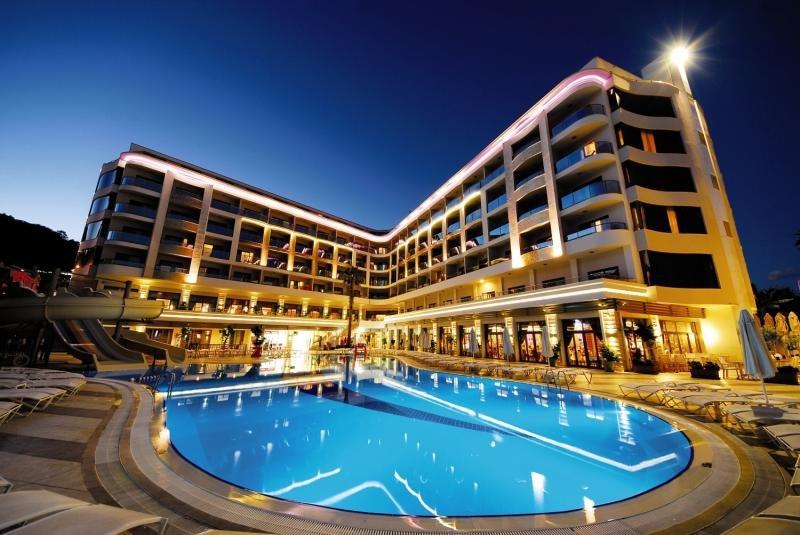 Golden Rock Beach Hotel günstig bei weg.de buchen - Bild von FTI Touristik