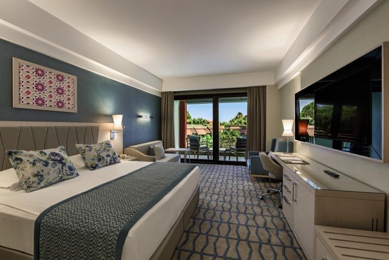Hotelzimmer im Club Mega Saray günstig bei weg.de