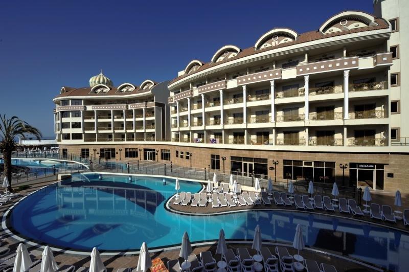 Kirman Hotels Belazur Resort & SPA günstig bei weg.de buchen - Bild von FTI Touristik