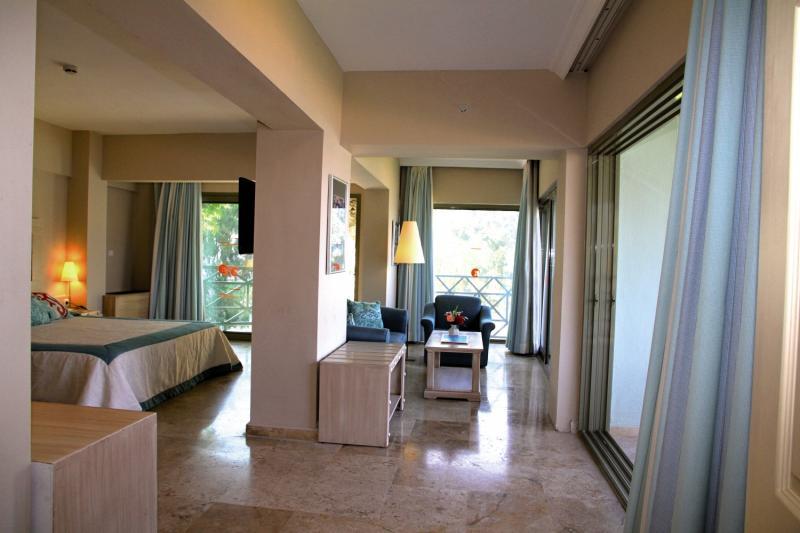 Hotelzimmer im Marti La Perla günstig bei weg.de