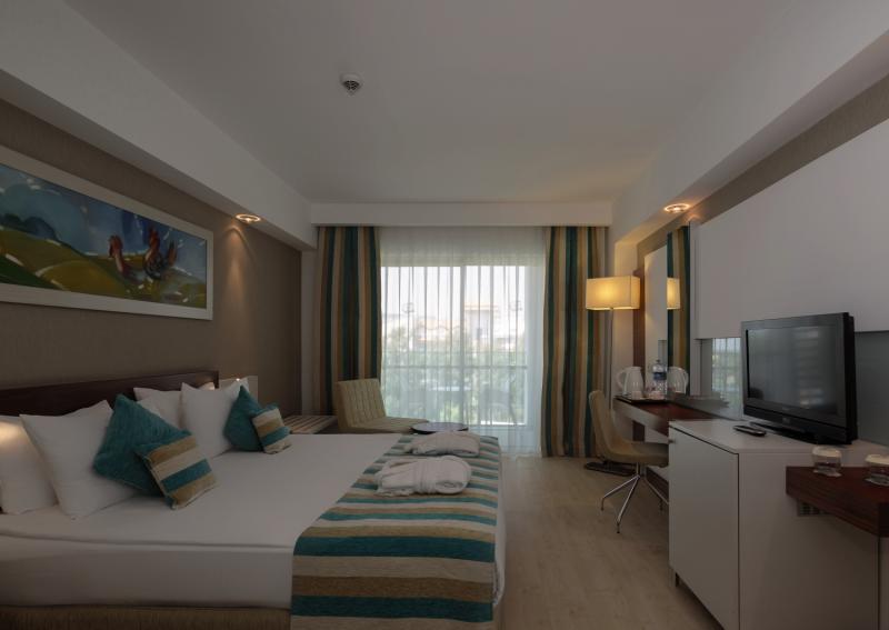 sunis Evren Beach Resort Hotel & SPA günstig bei weg.de buchen - Bild von FTI Touristik