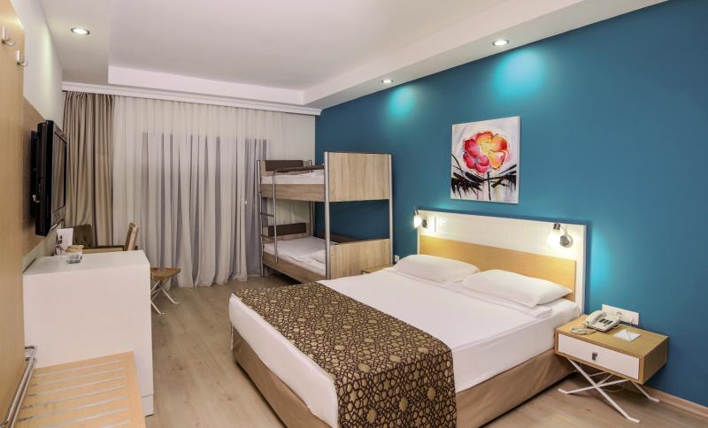 Hotelzimmer im Crystal Green Bay Resort & Spa günstig bei weg.de