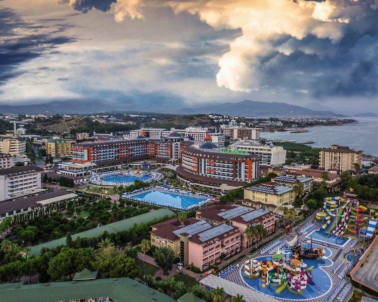 Hotel Lonicera World günstig bei weg.de buchen - Bild von FTI Touristik