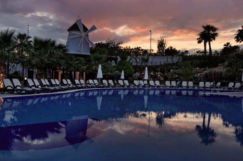 Alba Royal Hotel 728 Bewertungen - Bild von FTI Touristik