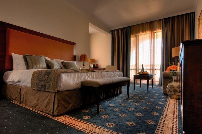Hotelzimmer mit Yoga im Grand Hotel & Spa Primoretz