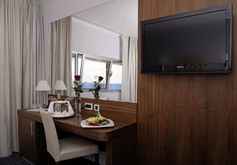 Hotelzimmer im Hotel Lero günstig bei weg.de