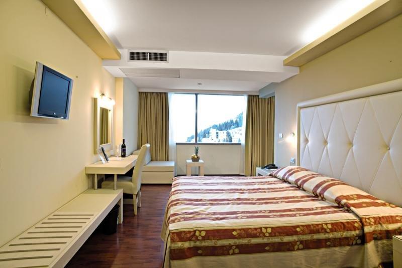 Hotelzimmer mit Tischtennis im Grand Hotel Park