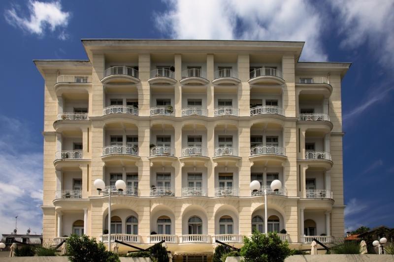 Smart Selection Hotel Bristol 40 Bewertungen - Bild von FTI Touristik