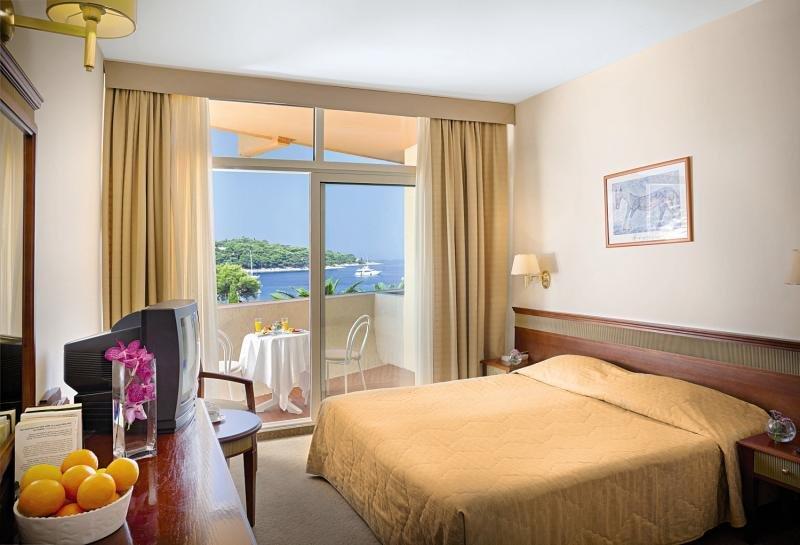 Remisens Hotel Albatros günstig bei weg.de buchen - Bild von FTI Touristik
