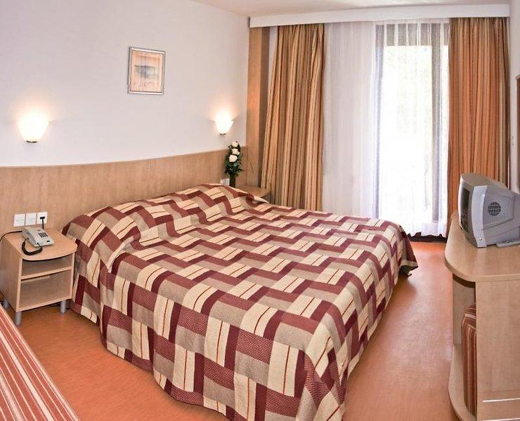 Hotelzimmer mit Mountainbike im San Marino Sunny Resort by Valamar