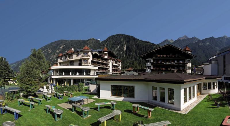 Hotel Strass günstig bei weg.de buchen - Bild von FTI Touristik