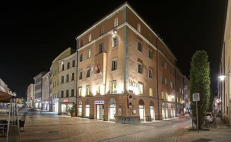 Centro Hotel Weisser Hase günstig bei weg.de buchen - Bild von Neckermann Reisen Individual